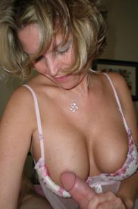 Дама с силиконом любит сперму - фото #18