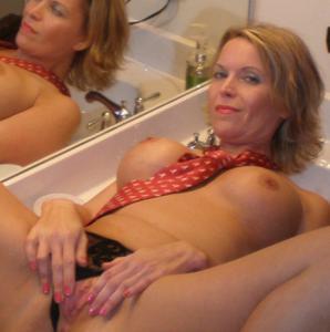 Дама с силиконом любит сперму - фото #6