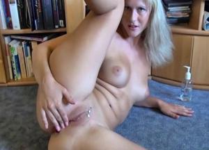 Хорошенькая блондинка Мария - фото #5