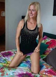 Хорошенькая блондинка Мария - фото #9
