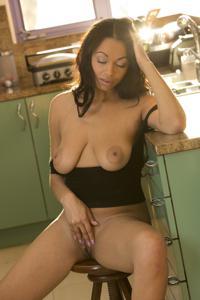 Сексуальные негритянские сучки - фото #22