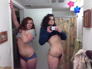 Две соседки - фото #36