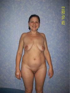 Раскрепощенная зрелая россиянка - фото #5