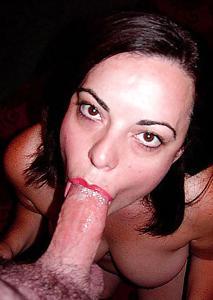 Мало кто так любит сперму как она - фото #16