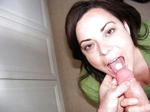Мало кто так любит сперму как она - фото #18