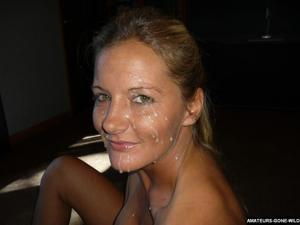 Лиза качественно сосет и любит сперму - фото #4
