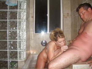 Сисястая норвежка и ее муж - фото #10