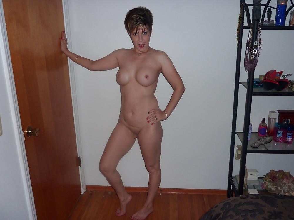 Short Hair Nudes
