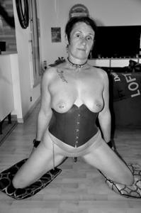 Развратная старушка Карин - фото #10