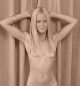 Удивительно видеть ее голой - фото #45