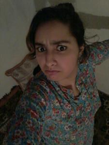 Молодая арабка светанула сиськи - фото #13