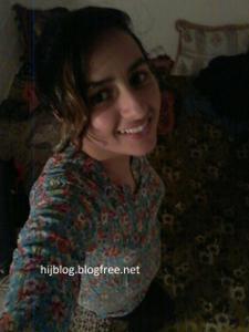 Молодая арабка светанула сиськи - фото #7
