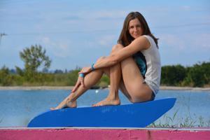 Спортсменка Настя в купальнике - фото #31