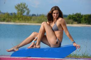 Спортсменка Настя в купальнике - фото #55