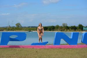 Спортсменка Настя в купальнике - фото #56