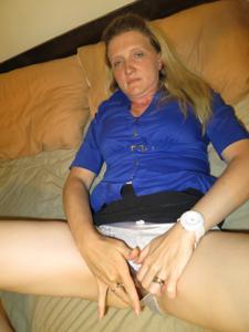 Зрелая женщина которая ебется без эмоций - фото #18