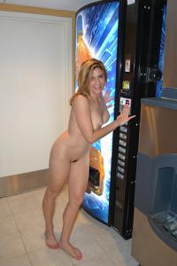 Голые женщины в гостиницах - фото #1