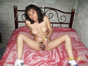 Голая мексиканочка Карен - фото #4