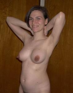 Голые беременные француженки - фото #13