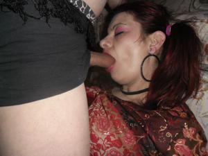 Пожилая Эвелина берет в рот - фото #1