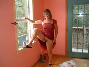Влюбленный муж делится фотками своей жены - фото #50
