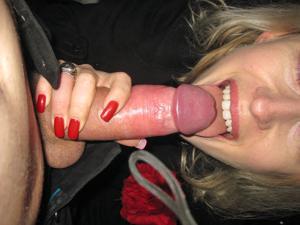 Полячка развлекается не только с хером мужа, но и секс игрушками - фото #63