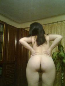 Элегантная голенькая женщина - фото #18