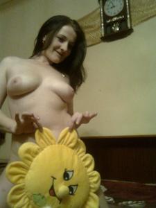 Элегантная голенькая женщина - фото #22