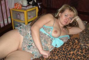 Милфы блондинки голая пизда - фото #2