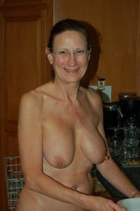 Сексуальные и голые старушки - фото #15