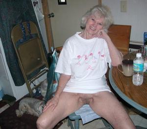 Сексуальные и голые старушки - фото #26