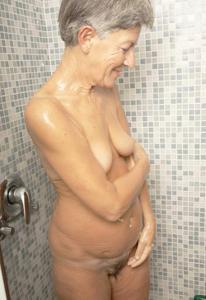 Сексуальные и голые старушки - фото #30