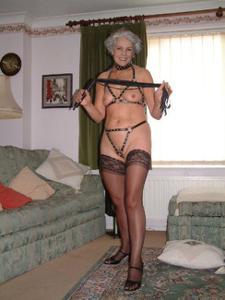 Сексуальные и голые старушки - фото #37