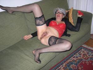Сексуальные и голые старушки - фото #44