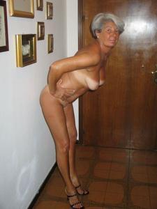 Сексуальные и голые старушки - фото #48