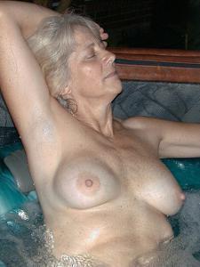 Сексуальные и голые старушки - фото #53