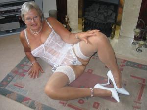 Сексуальные и голые старушки - фото #61