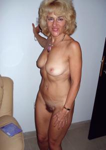 Подборка голых взрослых блондинок - фото #4