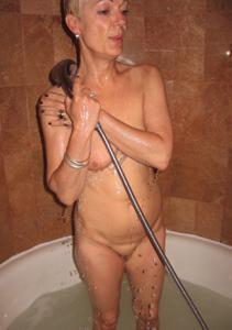 Подборка голых взрослых блондинок - фото #52