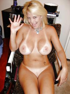 Подборка секси милф - фото #18