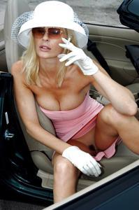 Подборка секси милф - фото #33