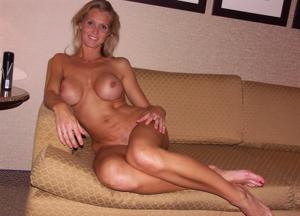 Подборка секси милф - фото #42