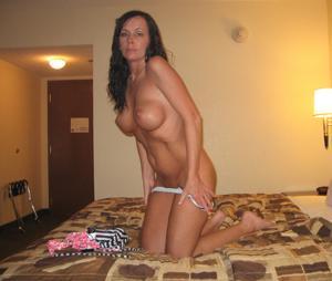 Подборка секси милф - фото #59