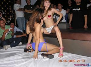 Секс вечеринка в тайском клубе - фото #18