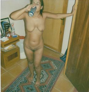 Красивая голая тетка - фото #11