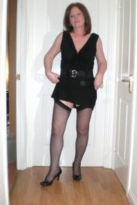 Зрелая женщина в нижнем белье и без белья - фото #6