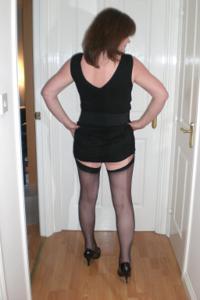 Зрелая женщина в нижнем белье и без белья - фото #7