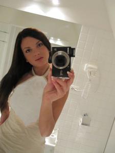 Селфи стройной Аманды в ванной - фото #7