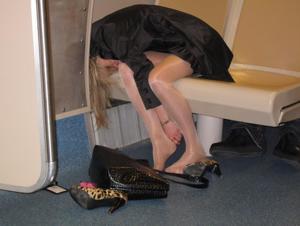 Очень пьяные телки - фото #23