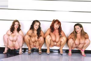 Пилотки сисястых девок - фото #37